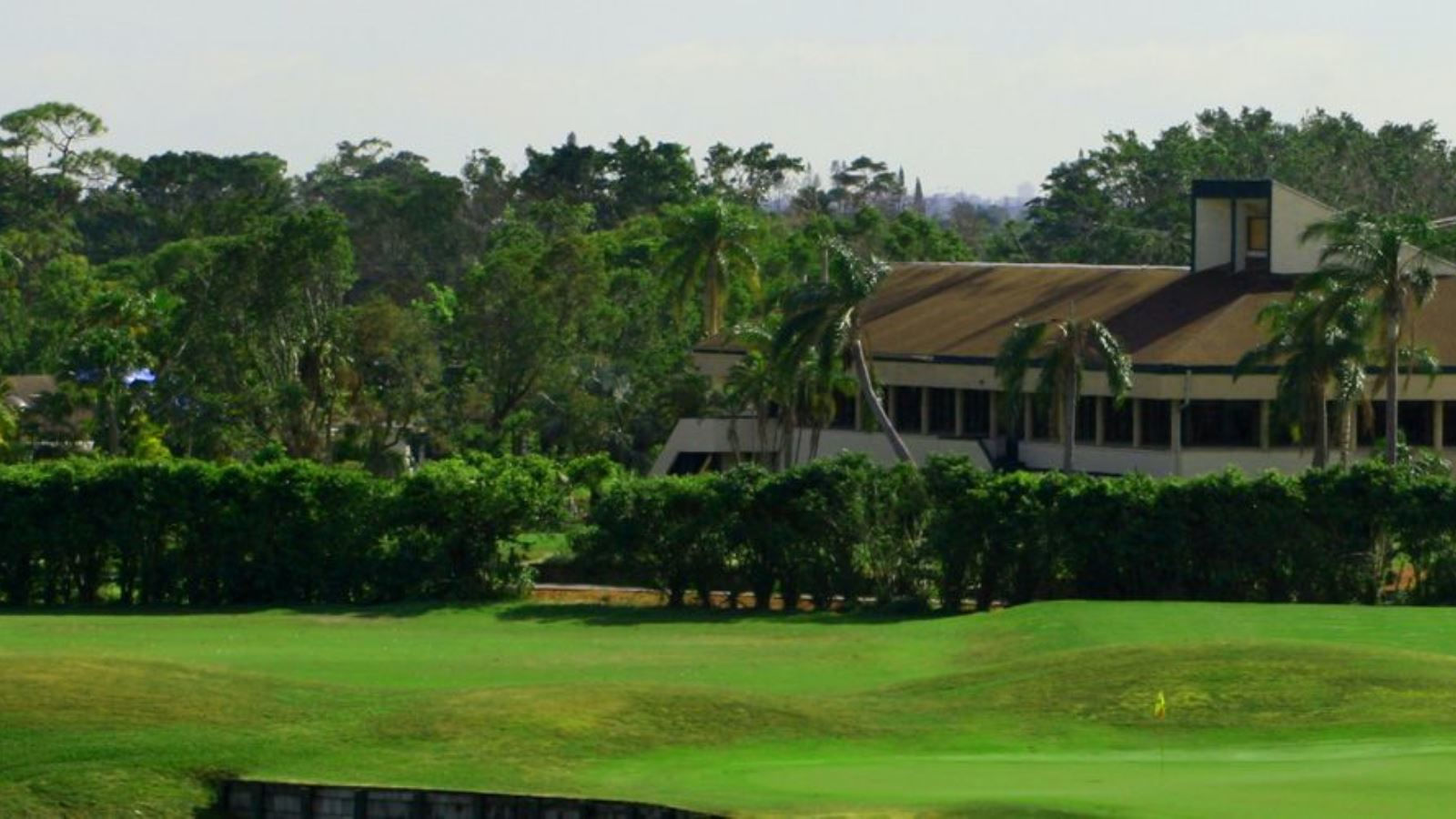 Woodlands Country Club